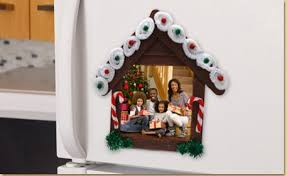 Easy Decoupage Frames  FaveCraftscomChristmas Picture Frame Craft Ideas