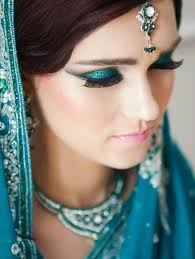 shaadi msia breaks this myth for you find out how to carry blue eyeshadow with traditional ensembles flawless make up