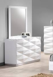Mirrored Bedroom Dresser Verona Unique 3d Surfaces Dresser And Mirror In White Lacquered