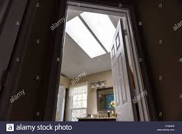 Interior Skylight Window Bright Stockfotos Interior Skylight