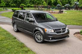 2018 dodge grand caravan gt. exellent caravan 2018 dodge grand caravan sxt passenger minivan exterior shown with dodge grand caravan gt