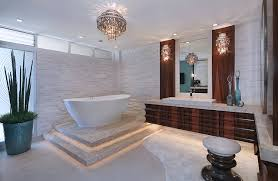 Badezimmer Mit Kronleuchter