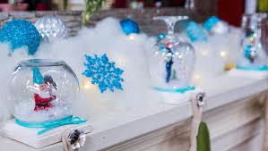 Tanya Memme's DIY Snow Globe Stocking Holder