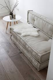 9 Portable Floor Bed Ideas Perfect for Small Spaces | Mattress ...