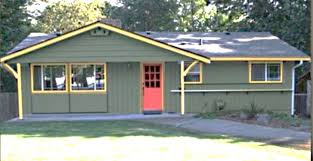 exterior house painting color schemes. exterior house paint colors - green, yellow painting color schemes