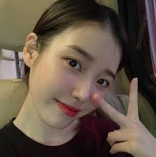 Iu, south korean singer, songwriter and actress. Singer Actress Iu Updates Fans On War Against Cyberbulling