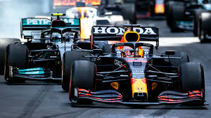 The lonnnnng main straight along the baku shoreline is a slipstreaming mecca, and with cars able to run three abreast into turn 1, the action often looks more indycar than f1. Vaubvqrvq Nalm