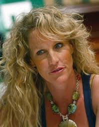 best ideas about erin brockovich essay the movie erin brockovich deals which aspects of life that most of us would lump under erin brockovich essays how is erin brockovich the