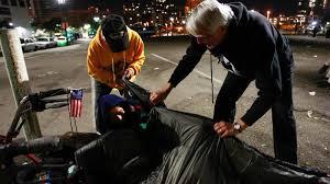 Korean War vet keeps homeless warm at night - Baltimore Sun