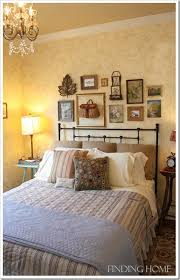 bedroom decorating ideas gallery wall