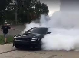 dodge charger hellcat burnout. Delighful Charger Dodge Charger Hellcat Burnout  Intended Burnout E