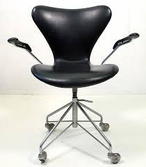 vintage 1950s 3217 office chair arne jacobsen for fritz hansen leather and chromed steel arne jacobsen office chair