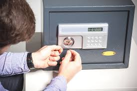 safe locksmith. Safe Locksmith A