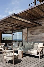 Abris De Terrasse Avec Canisses Jardin Pinterest Abri De Belle Terrasse Avec Cuisine Coin Repas Et Pergola En Bois Couverte
