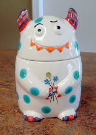 2 adding humor and fun to your pottery painting