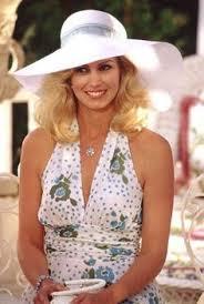 stepford wife dressing