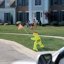 step  kid alert children at play safety signal  unoclean