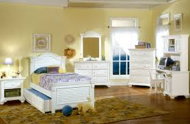 Traditions White Youth Panel Bedroom Set