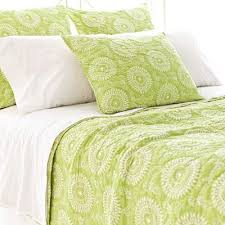 Best 25+ Lime green bedding ideas on Pinterest | Lime green ... & this is a pretty lime green quilt..maybe jazz it up with colorful pillows Adamdwight.com