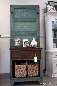 Old Door Decorating Repurposed Door Crafts Easy Craft Ideas
