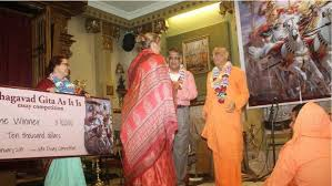 iskcon news devotee academic wins bhagavad gita essay  devotee academic wins 10 000 bhagavad gita essay prize