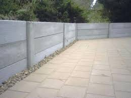 build concrete retaining walls cement retaining walls building using bags of green forum at block diy
