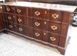 Uhuru Furniture & Collectibles: Henredon Bedroom Set SOLD
