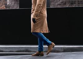It also looks good with light neutrals (white, cream, tan) and many different shades. The 9 Most Stylish Men S Casual Boots To Wear With Jeans