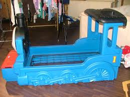 thomas the train toddler bedding little the tank engine toddler bed thomas train toddler bedding target
