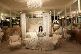 Mobili Design Di Lusso : Arredamento di lusso per gli interni della casa delle meraviglie a