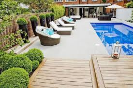 swimming-pool-decorating-ideas-with-topiary-trees.jpg (