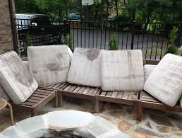 how to clean outdoor cushions vinegar cleaning with oxiclean patio ing mildew