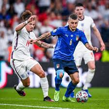 """B/R Football on Twitter: """"Marco Verratti had more touches (134) in the  #EURO2020 final than Henderson (22), Rice (49) and Phillips (57) combined  😳… https://t.co/7Bw0T6vkEq"""""""