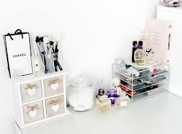IKEA Malm Dressing Table, Makeup and Beauty Storage Ideas, Makeup Storage  Inspiration, Muji
