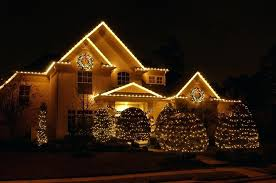 exterior christmas lights 2 wreaths and garland are a popular outdoor hangers55