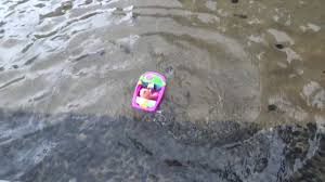rc boat baby bath tub 15 7 2018 junk bay 2