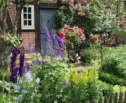 Cottage U0026 Informal GardensRomantic Cottage Gardens