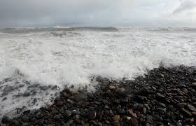 South Shore Beach Little Compton Tide Chart Wind Gusts Topped 93 Mph In Noreaster Boston Storm Surge