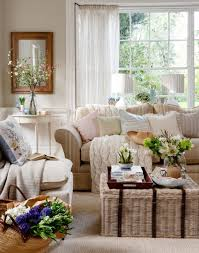 Traditional Living Room Decor Neutral Traditional Living Room With Wicker Trunk Cottage Encore