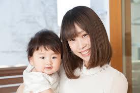 育児中のヘアスタイルはこれ簡単なアレンジ方法とヘアケアの紹介