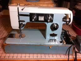 Dressmaker Swa 2000 Sewing Machine