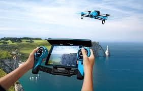 Российские продажи дрона <b>Parrot Bebop Drone</b> начнутся в апреле