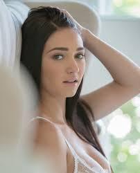 Who's the prettiest porn star