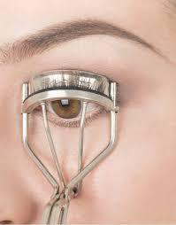 how to use eyelash curler steps. step 1 \u2013 curling the lashes. use eyelash how to curler steps p