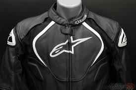 this jacket comes equipped with removable ce certified elbow and shoulder bio armor it has a pe padded back compartment designed to accommodate the