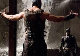 La Bara Volante: Il cavaliere oscuro - Il ritorno (2012): Sopra tutto  Fernet Batman