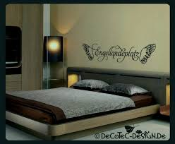 Schlafzimmer Streichen Ein Huumlbsches Blau Grau Als Wandfarbe Im