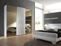 Come scegliere larmadio per la camera da letto classica