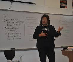 PPS's Ebony Pugh Visits J-Students, Discusses Public Relations ...