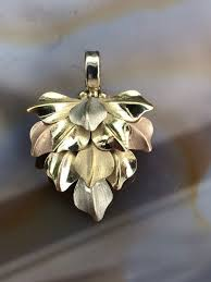 18 kt pendant light yellow gold white gold rose gold filigree leaf